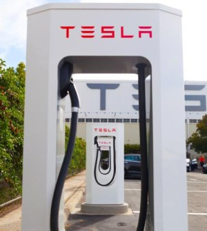 tesla-motors_supercharger-300x336